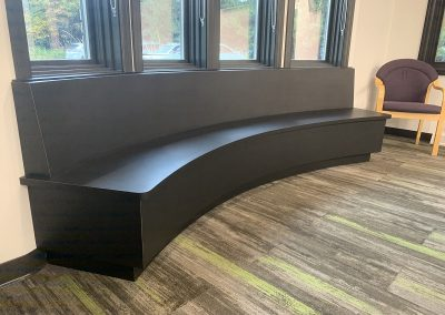 CURVED BENCH 2